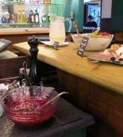Fees Restaurant & Bar