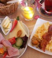 Cafe Charlet