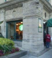 Starbucks Saint-Antoine