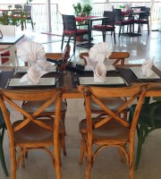 Ata Restaurant Cafe & Bistro