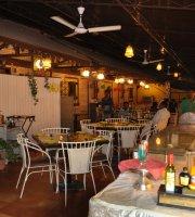 Pithora Garden Restaurant
