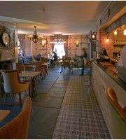 1769 Bar & Restaurant
