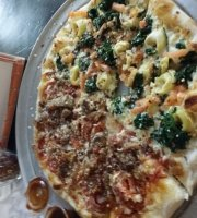 Hot Tomatoes Neapolitan Pizza