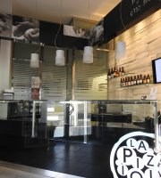 La Pizzaiola Pizzeria / Beer shop
