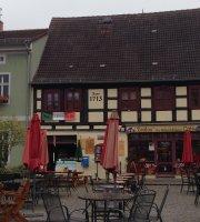 """Zeitlos"" das Brunnen & Keller Café"