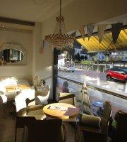 Claudios italienische Caffè-Bar