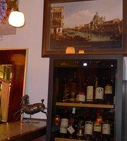 Red & White Jerusalem Wine Bar Mamilla Area