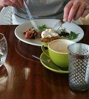Green Turtle Cafe & Bar