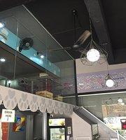 Good Meowning Cafe