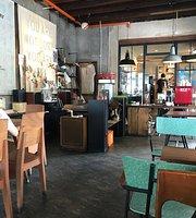 RRR cafe