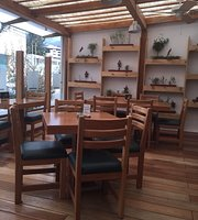 Cima Cafe Bistro