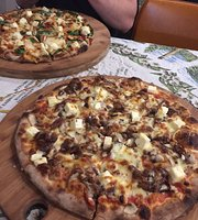 Earth Oven Wood Fired Pizza