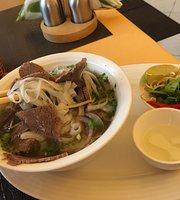 Fannicika Pho & Pad Thai