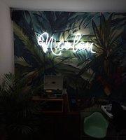 Nicolau Cafe