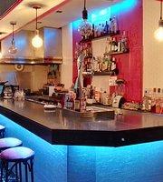 Luxury Cocktail Bar