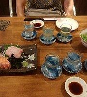 Hiroshima Kaki Sakaba Momiji