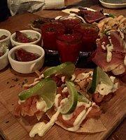 Manzo's Bar-Bistro