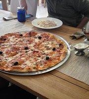 Pizzeria De La Casa