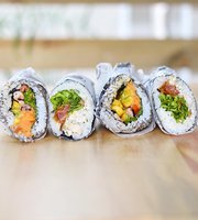 Roll Up - Sushi Burrito