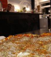 Pizzeria Eiscafe Piccola