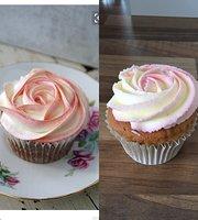 Cupcake Heart Cafe