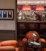 Hotel Royal - Bogie's Bar