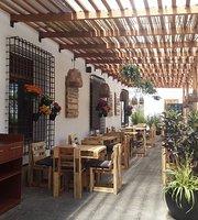 Plaza Chica Beer Garden