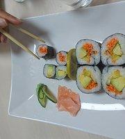 Zoro Sushi Bar