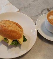 atti's cafe