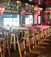St James Gate Irish Pub & Restaurant