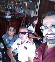 Restaurante e Cachacaria Pe de Fava