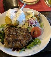 Restaurant & Strandcafe Peci