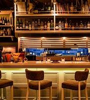 Mesogeios Restaurant-Cocktail Bar