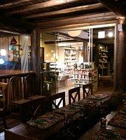 Empório Casa de Madeira
