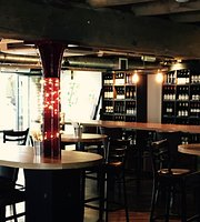 La Barrique Wine Bar & Restaurant