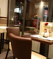 Burak V Grill & Pizzeria