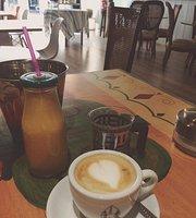 Brotchen Cafe