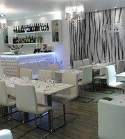 Restaurante White