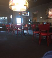 Red Robbin Gourmet Burgers and Brews