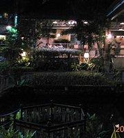 Palmeras Garden Restaurant