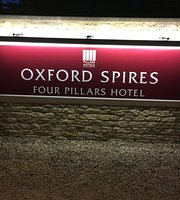 ‪Oxford Spires Four Pillars Hotel‬