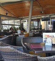 Enastron Cafe