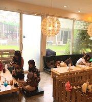 Rabbito Cafe