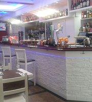 Cafe Kprichos Bar