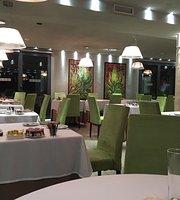 Restaurant Émo