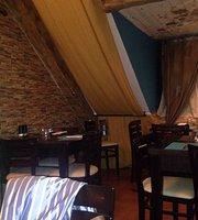 Le Piccolo Restaurant