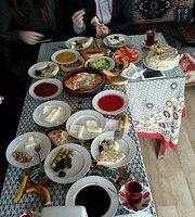 Kahyaoglu Gozleme ve Kahvalti Salonu