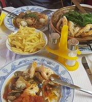 Reis Balik Restaurant