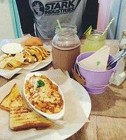Liz Eat Diner
