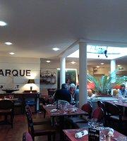 Le Monarque Restaurant